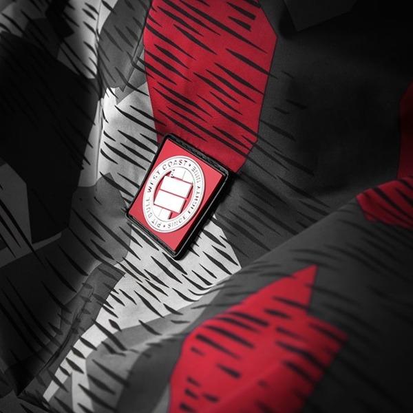 Pit Bull Kurtka przeciwdeszczowa ATHLETIC VII Camo Szaro-Czerwona